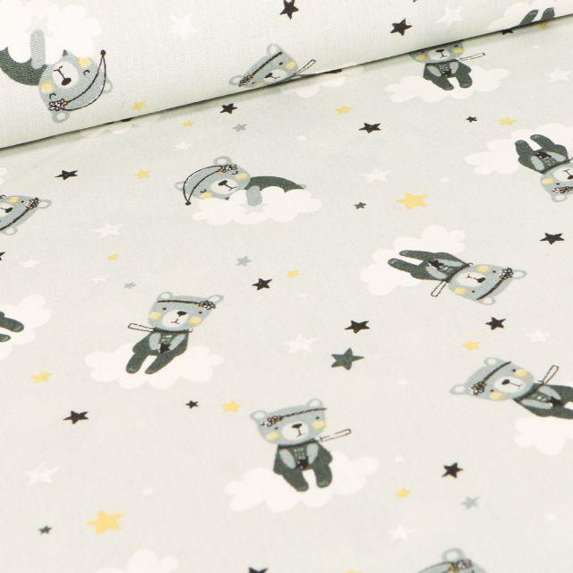 Tissu Coton imprimé LittleBird Oursons et nuages sur fond Vert pâle