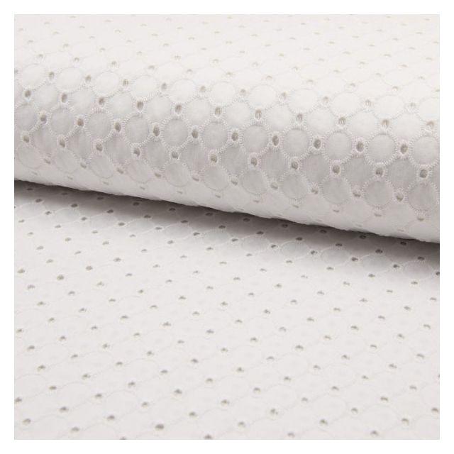 Tissu Broderie anglaise satiné n°150 sur fond Blanc - Par 10 cm