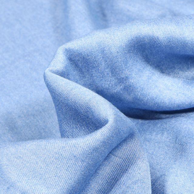 Tissu Chambray Viscose uni Bleu ciel