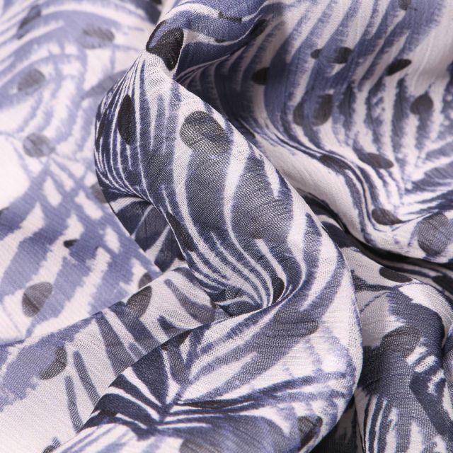 Tissu Mousseline Crépon  Feuilles et pois sur fond Bleu foncé