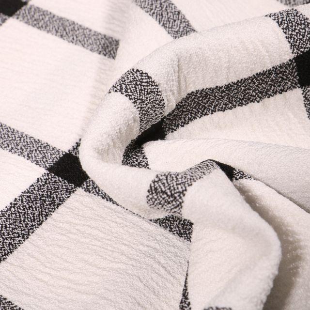Tissu Crêpe texturé Carreaux noirs sur fond Ecru