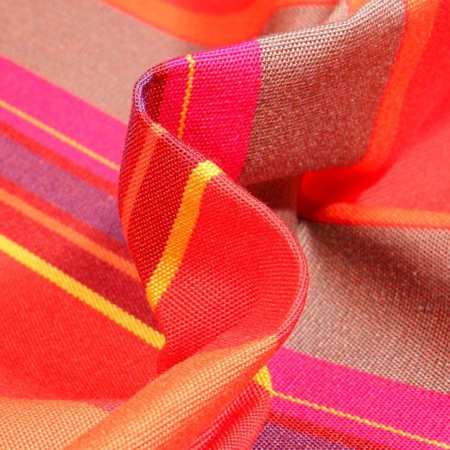 Tissu Toile extérieure grande largeur Dralon St Tropez sur fond Rouge