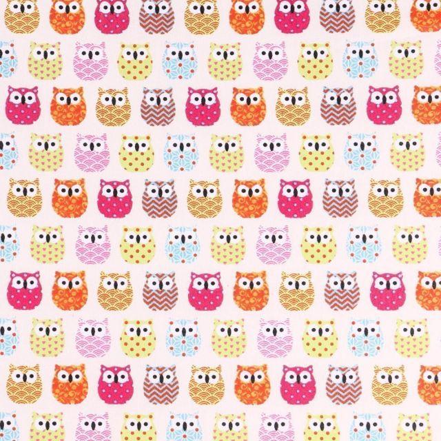 Tissu Coton Enduit Hiboux Multicolores sur fond Ecru - Par 10 cm