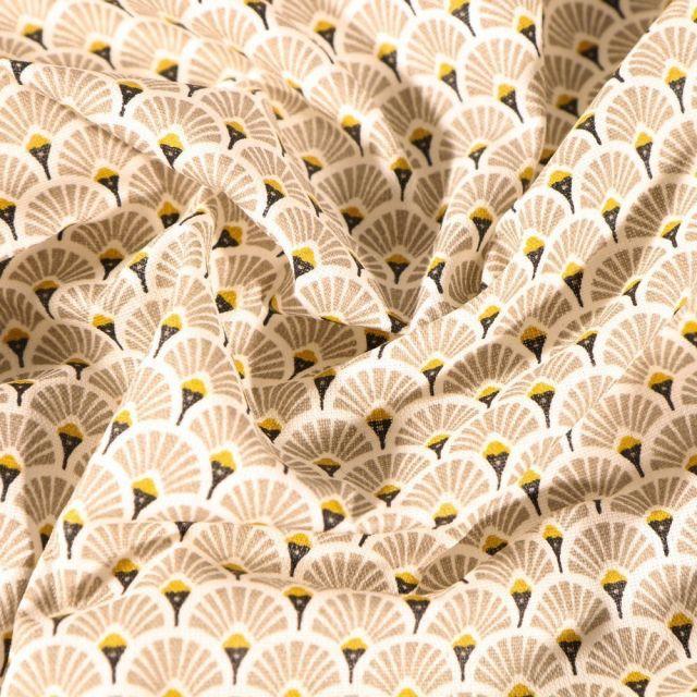 Tissu Coton enduit Arty Éventails taupe sur fond Blanc cassé - Par 10 cm