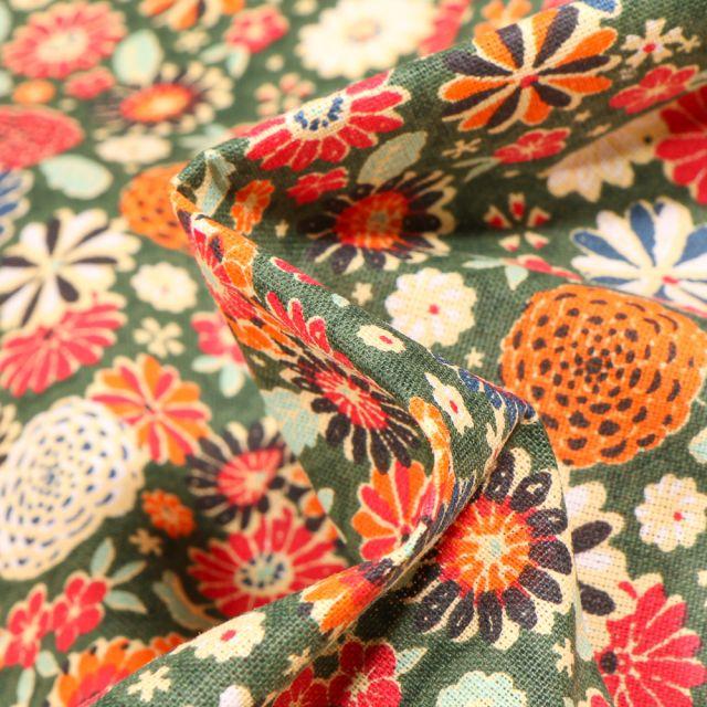 Tissu Coton imprimé Arty Fleurs Vintages sur fond Vert