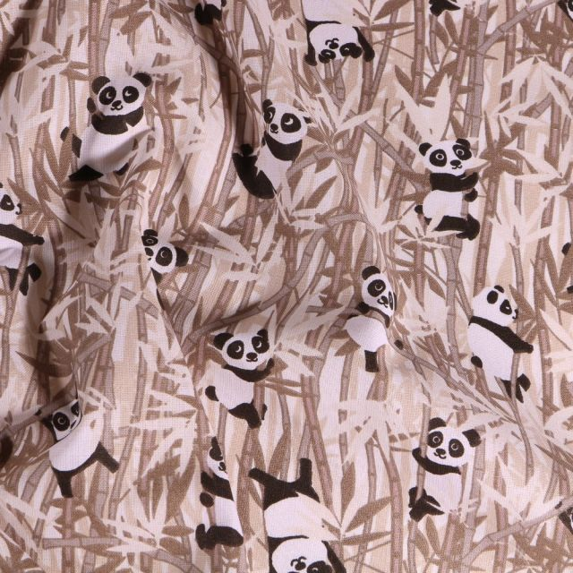 Tissu Coton imprimé Arty Panda et bambou beige sur fond Blanc cassé - Par 10 cm