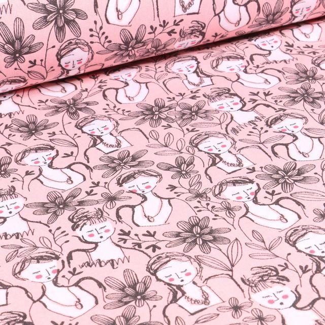 Tissu Coton imprimé Arty Floral Girl sur fond Rose