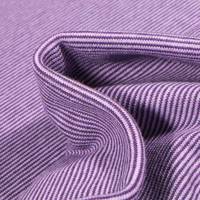 Tissu Bord côte Fines rayures violette sur fond Blanc