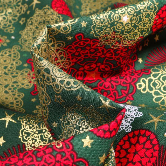 Tissu Coton imprimé Décorations de noël sur fond Vert sapin