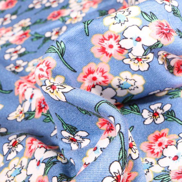 Tissu Jersey Viscose  Bouquets de fleurs colorés sur fond Bleu ciel