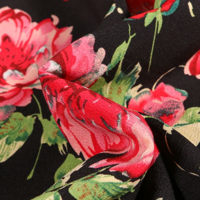 Tissu Crêpe stretch Pivoines colorées sur fond Noir