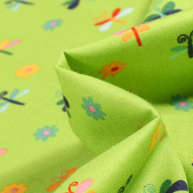 Tissu Coton imprimé LittleBird Papillons et fleurs colorés sur fond Vert anis