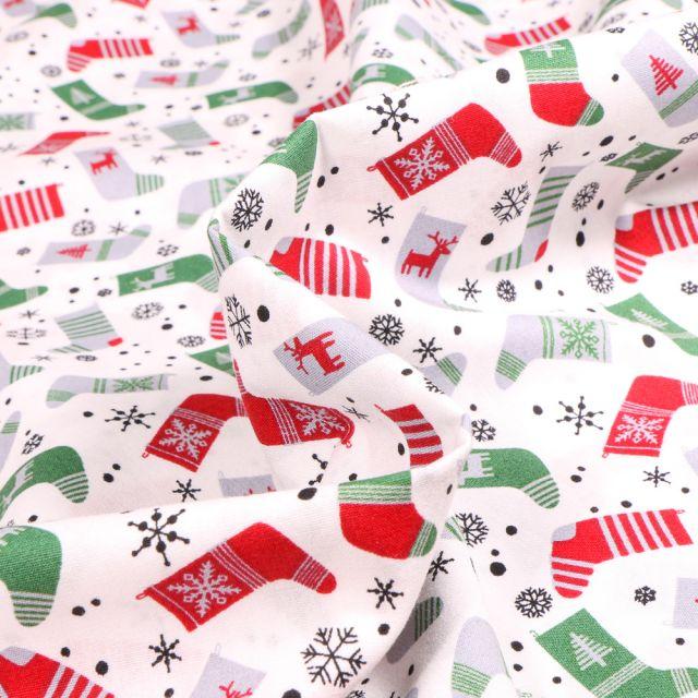 Tissu Coton imprimé Chaussettes du réveillon sur fond Blanc