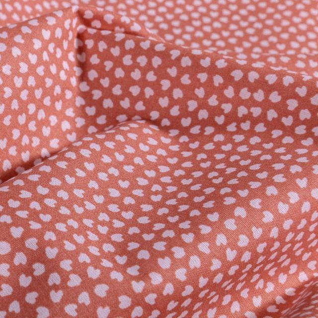 Tissu Coton imprimé Arty Petits cœurs blancs sur fond Marsala - Par 10 cm