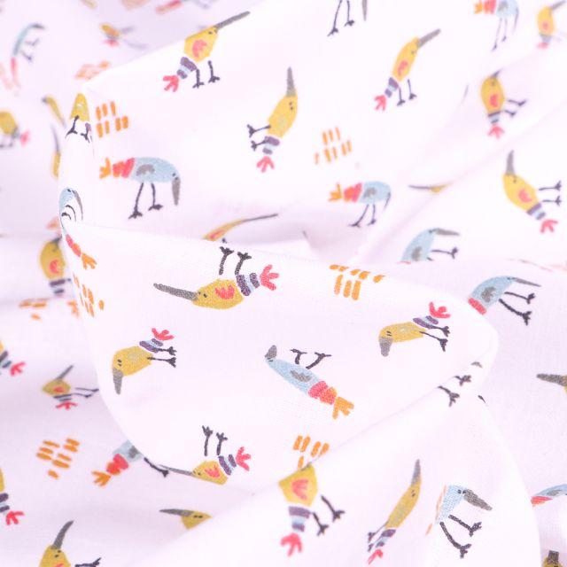 Tissu Coton imprimé Arty Oiseaux colorés sur fond Blanc