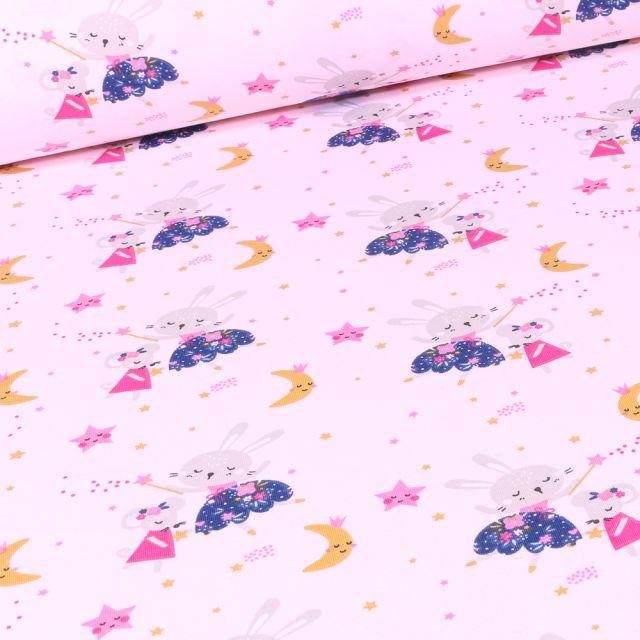 Tissu Jersey coton Lapine fée sur fond Rose pâle
