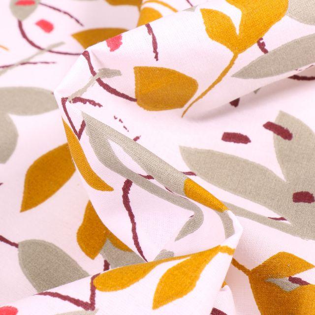 Tissu Coton imprimé Arty Ydori grège et ocre sur fond Blanc