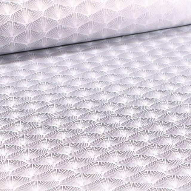 Tissu Jacquard Satiné Éventails lurex argent sur fond Blanc - Par 10 cm