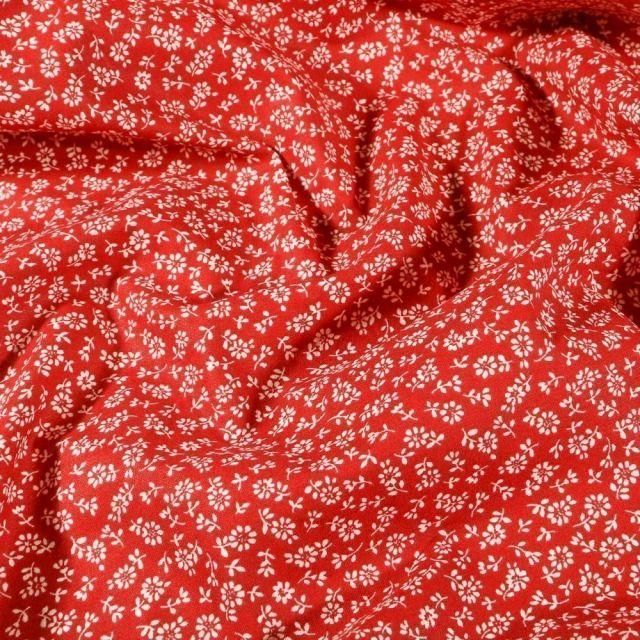 Tissu Coton imprimé Arty Liz blanc sur fond Rouge - Par 10 cm