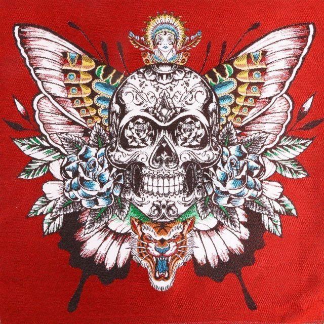 Panneau carré jacquard 48x48cm Skull sur fond Rouge